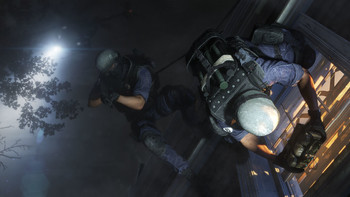 Screenshot4 - Tom Clancy's Rainbow Six Siege - Castle Football Helmet DLC